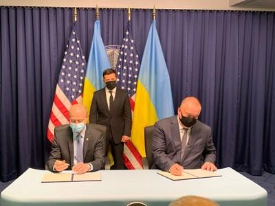 Pictured from left: Patrick Fragman, Westinghouse President and Chief Executive Officer, Ukraine President Volodymyr Zelensky, and Petro Kotin, Acting President of NNEGC Energoatom